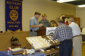 auction auctioneer  pegger-sorters